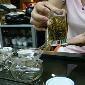 Tea Sampling at Maliandao Tea Market